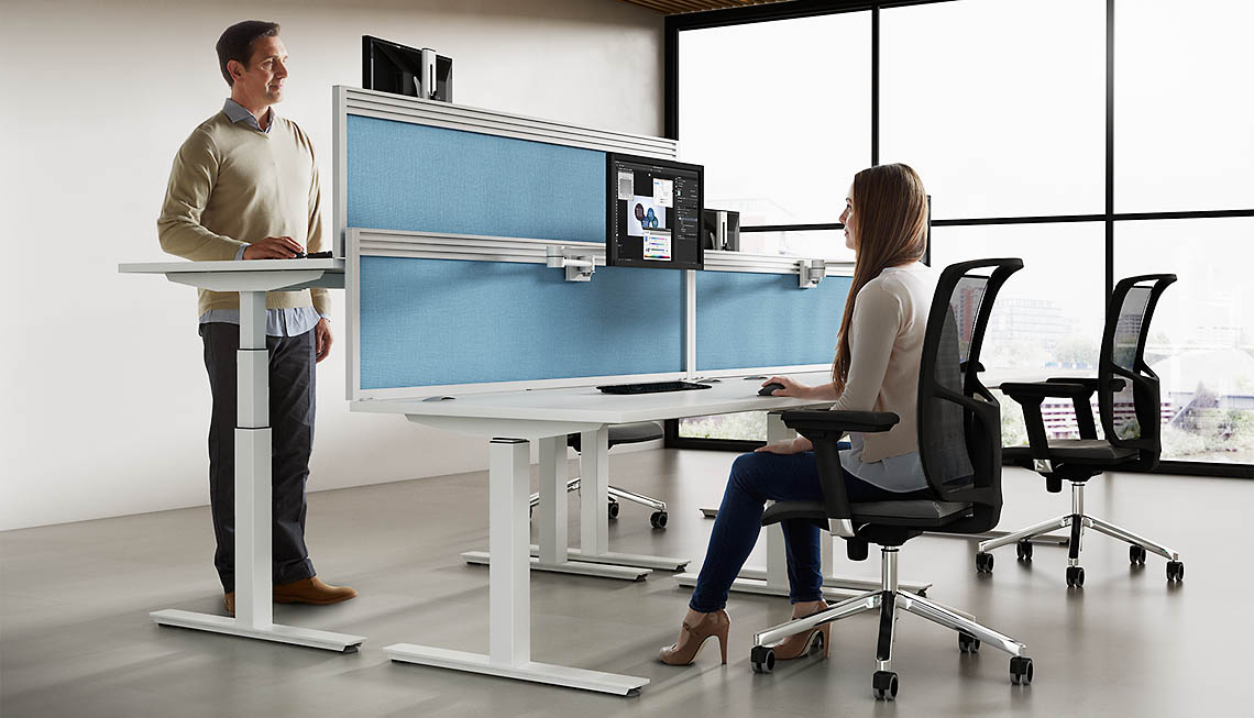 REACT | Height Adjustable Desk